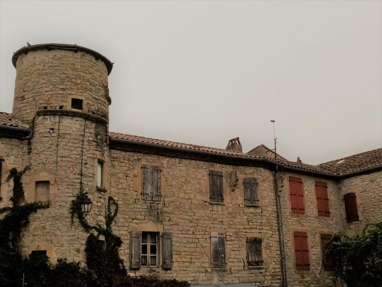 les fortifications de St georges de Luzençon